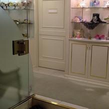 美容室入口