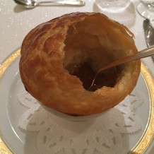 パンの中にスープ