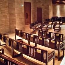 ゲストの座る広々とした椅子