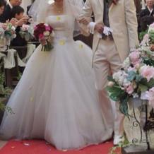 白のウエディングドレス