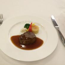 メインの試食で提供されたお肉。