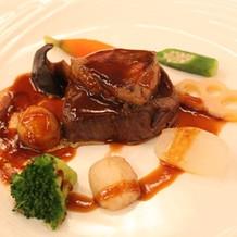 牛フィレ肉とフォアグラのステーキ