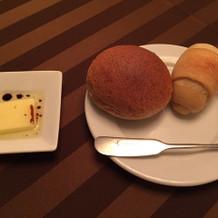 麦芽パンとハードクロワッサン
