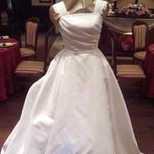 光るドレス(演出前)