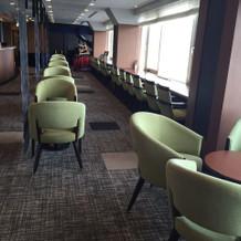 19階の会場の待合スペース