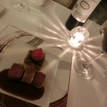 メインのお肉も赤ワインとの相性バツグン!