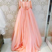 サーモンピンクのお気に入りのドレス。