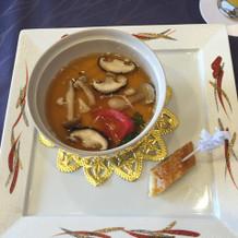 茶碗蒸し入りの上品なスープ