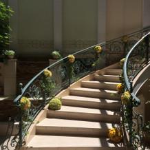披露宴会場にある階段