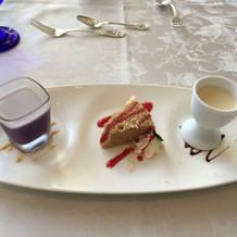 紅茶のケーキが本当に美味しかった。