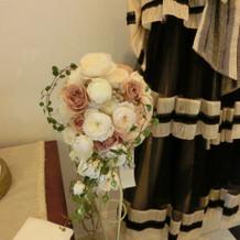 ウエディングとカラードレス2着目のブーケ