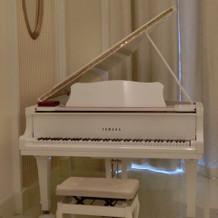 白いピアノ♪