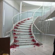 中にある階段です
