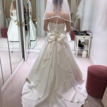 白ドレス(HANA)