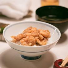 【御飯】 芝海老の小かき揚げ天丼