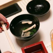 【椀物】 鱧・松茸・つる菜