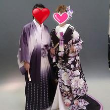 桂由美の男女ペアの和装