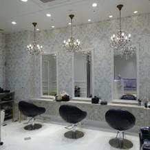 美容室は綺麗で清潔感あり。