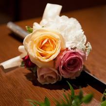 ケーキ入刀の装花。