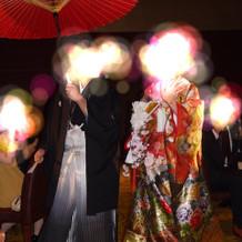 和傘で入場