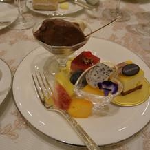デザートビュッフェ。小皿もかわいい