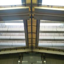 ガーデンチャペルは天井を閉められる