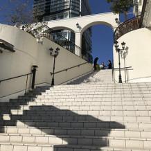 チャペル外の大階段