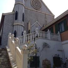 挙式の教会です!外観も内装も素敵でした!