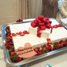 大好評のウェディングケーキ