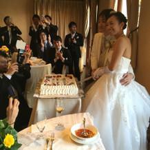 ケーキ入刀