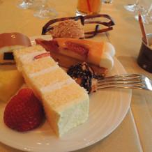 ウェディングケーキ、スイーツビュッフェ