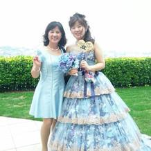 大好きなカラードレス。