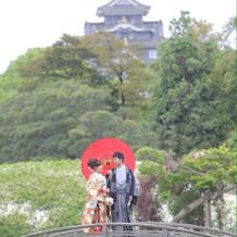 岡山城とお衣装がよく似合います