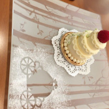 ミニウェディングケーキ