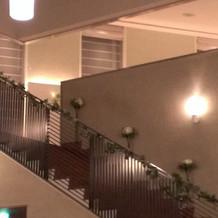 披露宴会場への階段(アップ)