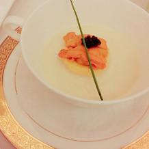 雲丹とホワイトアスパラのスープ