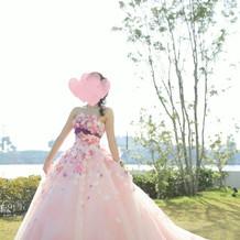 一目惚れした桂由美さんのドレス