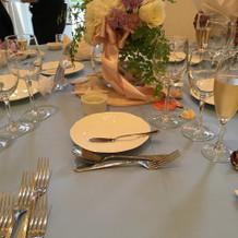 テーブル装花全体