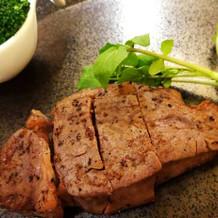 阿波牛のステーキ