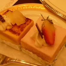 ビュッフェのプチケーキ