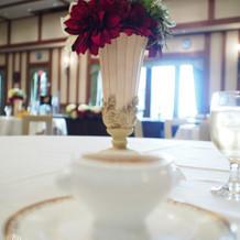アンティーク調の花瓶