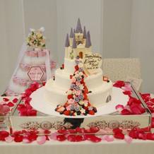 ラプンツェルテーマのケーキ