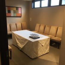 綺麗な控え室で、その上落ち着ける空間。