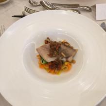 試食会での魚料理