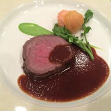 フランス料理の肉料理
