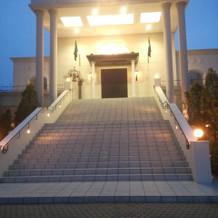 綺麗な大階段でした。
