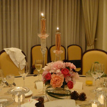 花屋さんと相談して決めたテーブルコーデ。