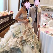 カクテルドレスです。