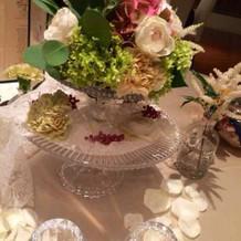 テーブル装花はゲストへお持ち帰り。