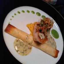 お魚料理(真鯛のポワレ)